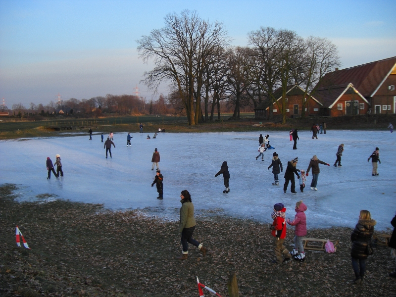 Eisflche in Benutzung